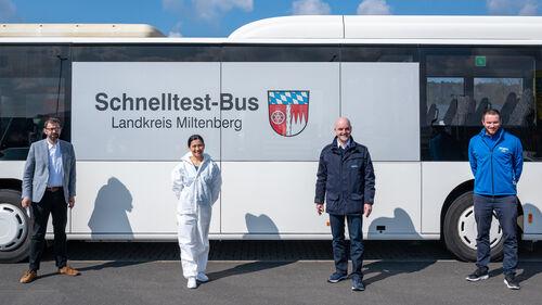 174_Schnelltestbus